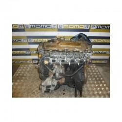 Motore YD22 Nissa Almera Tino - Primera 2.2 dci 02-06 km 130000 - Motore - 1